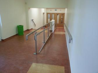 Glass feature stairs, balustrades, handrails, gates and railings.