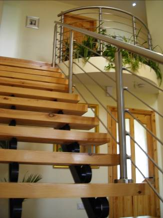 Wood & steel staircase